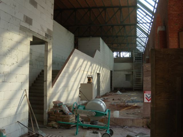 Bouwdroger - Nieuwe magazijnruimte te Waregem