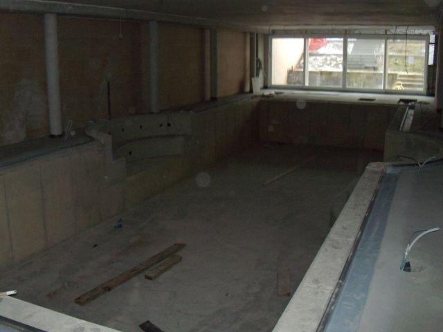Bouwdroger Snel drogen van een zwembadruimte. 0